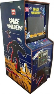una immagine del cabinato upright giapponese di space invaders